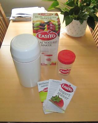 EasiYo Home-made Yoghurt Making Kit.Includes large Yoghurt container