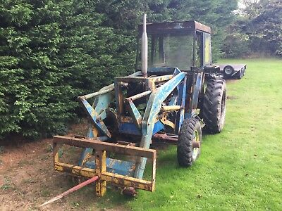 International Loader 3434B tractor for spares or repairs