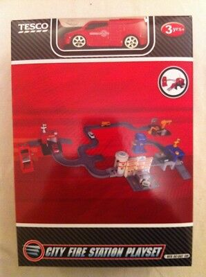 Tesco City Fire Station Playset With Die-Cast Car   -  New