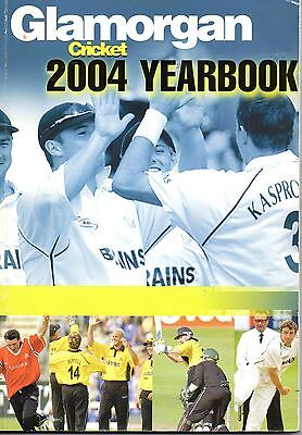 2004 GLAMORGAN CCC Yearbook
