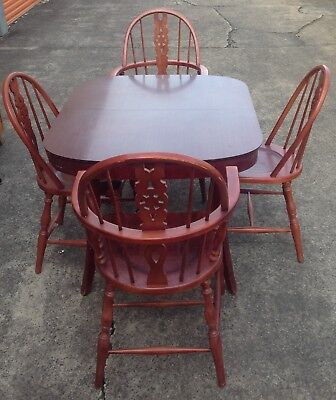 Dining Extension Table & 4 Chairs **free Del Syd Metro**