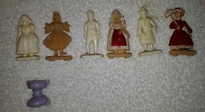 Lot of 7 Vintage Cereal toys