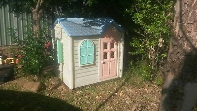 Little Tikes Tykes Country Cottage Cubby House