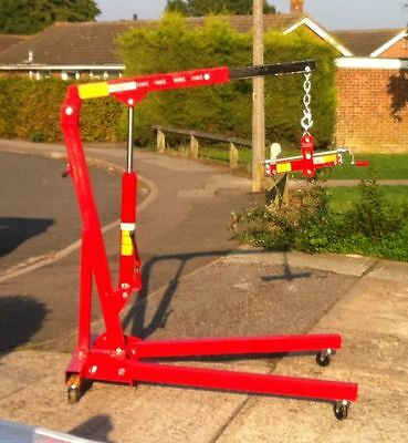 1 Ton Engine Crane Hoist HIRE ONLY.  £10 per day CO6 (car or van)