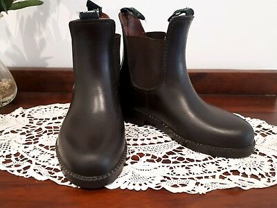 Kids Dublin Universal Jodphur / Riding Boots  In near new condition  Sz  28 / 11