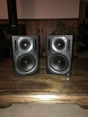Behringer Monitor Speakers 2031A