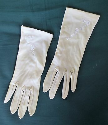 Pretty latte/deep cream vintage embroidered dress gloves size 7