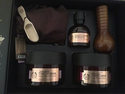 The Body Shop Spa Of The World gift set