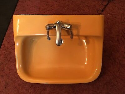 Toilet and wash basin Ideal Standard Michael Angelo Harvest Gold retro style