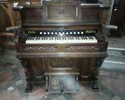 Miller Organ Co - Lebanon Pa USA - Pump organ
