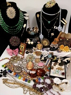 Antique and Vtg Jewelry Lot 115  Pieces Sterling Bakelite GF Victorian Celluloid