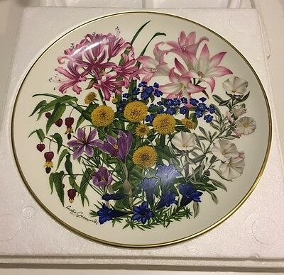 Franklin Mint, Flowers Of The Year Plate Collection, 1978 Flowers Of October