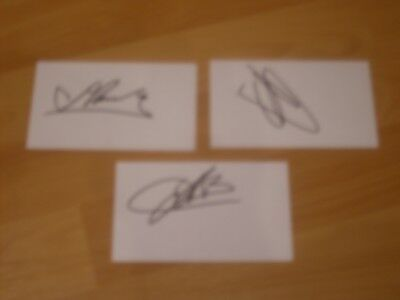 3 signed cards of ex barcelona footballers