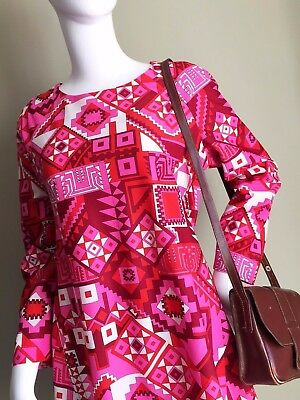 VINTAGE 60's Pink RED White Pattern ABSTRACT Mod DRESS - Collarless Vtg 60s - 12