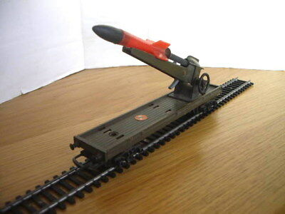 Triang Hornby R216K Battlespace Rocket Launcher Working With Rocket Very Rare!!!