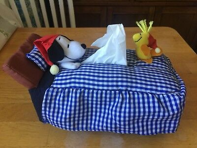 Snoopy & woodstock bed  tissue box cover Japan