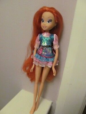Lovely Preowned Winx Club Red Haired Doll By Witty Toys