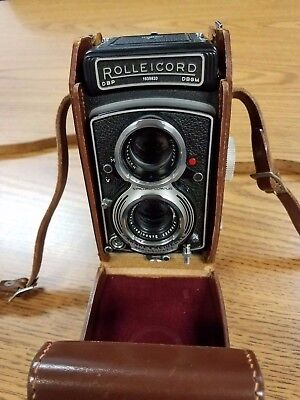 Vintage Rolleicord Va TLR w/Box, Leather Case, & Adapter Kit