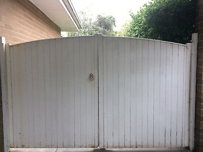 Gates - Driveway Double Opening Timber Gates White 7A