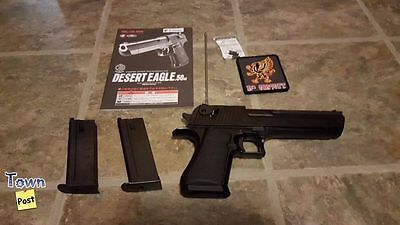 Airsoft Tokyo Marui Desert Eagle Hard Kick with 2 mags and More