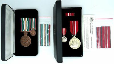 .australian National Service Medal/australian Defence Medal Boxed I Smallacombe