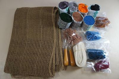 Small job lot of Readicut wool, hooks, rug binding & a piece of canvas