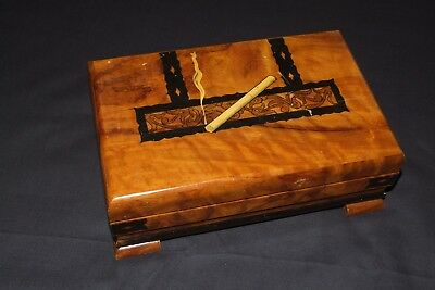 Vintage CIGARETTE BOX 1950s wooden marquetry with music movement