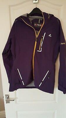 ladies ski/snowboard jacket