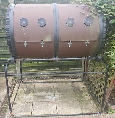Mantis ComposT Twin Composter
