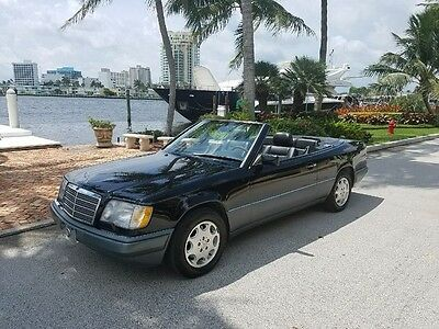1995 Mercedes-Benz E-Class E320 CABRIOLET 7yt?1995 E320 Cabriolet / 2 Owner / Well Maintained / Triple Black / Well Mainta