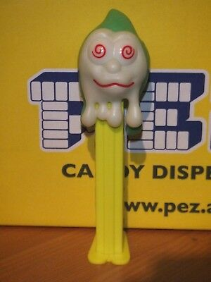 PEZ-HALLOWEEN-SLIMY- NOT glow IN THE DARK-LOW SHIPPING!!!!!!
