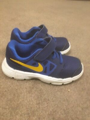 Toddlers Size 8.5 Nike Trainers