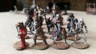 Games Workshop Citadel & Ral Partha Miniatures 18 undead skeletons
