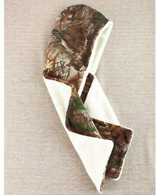 Womens Realtree Reversible Hooded Scarf & Gloves Brown size sm/med Camo -
