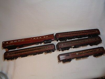 HO Lot of 5 Vintage Wood and Metal PRR Passenger Cars - E & B Valley, Walthers?