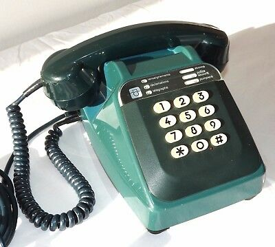 Telephone De Collection Bleu Type S63 Cadran A Touches.