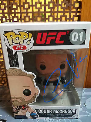 Conor Mcgregor signed Funko Pop! UFC Floyd Mayweather