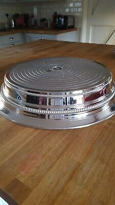 Silver coloured 14 inch Napier wedding cake stand. Excellent condition.