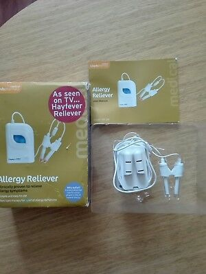 Lloyds Pharmacy Allergy Reliever - Hayfever Relief - Light Therapy