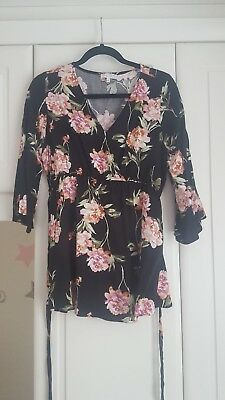Maternity top size 16