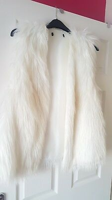 Gorgeous White Fur Gilet Size L Immaculate
