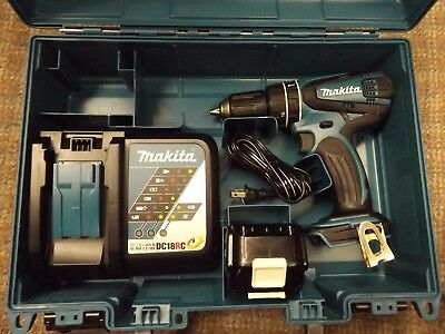 """Makita 1/2"""" Concrete/Steel Drill-Driver with Battery & Charger Kit XPH01 NICE!!"""