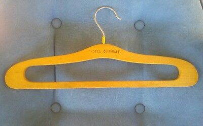 Vintage HOTEL QUIRINALE Roma Rome Italy wooden coat hanger clothes