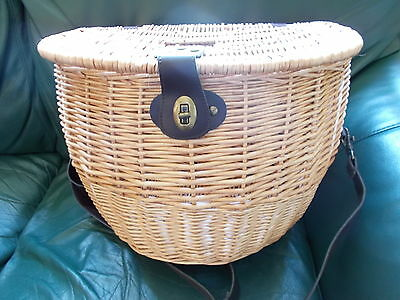 Wicker Fishing Creel / Picnic Basket (made for marks & spencer)
