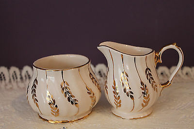 Vintage Sadler England Ivory Swirl Cream And Sugar With Gold Trim And Leaves