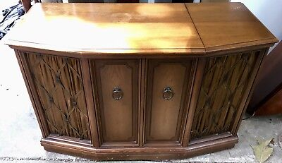 Zenith Cabinet Stereo