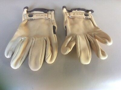 Buck Knife Leather Gloves