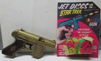 1966 Ray Line Star Trek Tracer Gun & Unopened Package of Jet Discs No Reserve