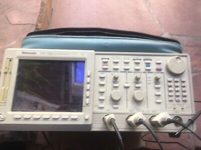 Tektronix TDS754A 4 Channel Color Oscilloscope 500MHz 2GS/s