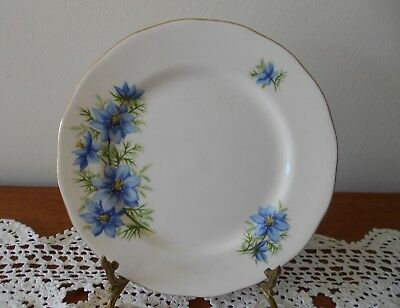 QUEEN ANNE CORNFLOWER SIDE PLATE PATTERN 7878 BONE CHINA ENGLAND C1950s
